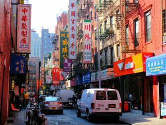 Chinatown in NYC - edificios tipicos