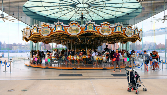 Jane's Carousel en Brooklyn - Tiovivo