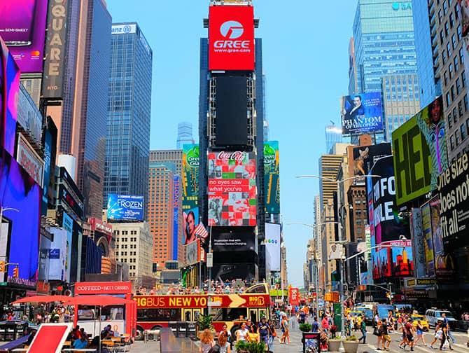 Times Square en Nueva York- Carteleras