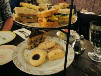 High Tea en Alices Tea Cup - high tea
