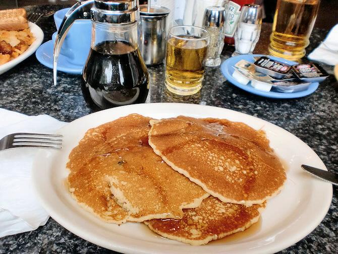 Comer barato en Nueva York - desayuno