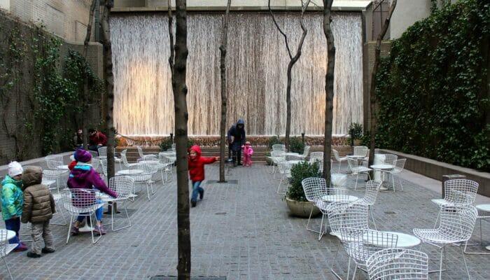 Parques en Nueva York Paley Park