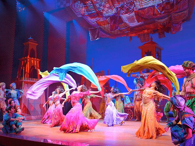 Tickets para Aladdin en Broadway - Bailando