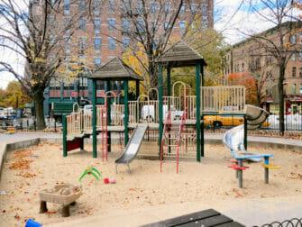 Parques en NYC - Bleeckerstreet Playground