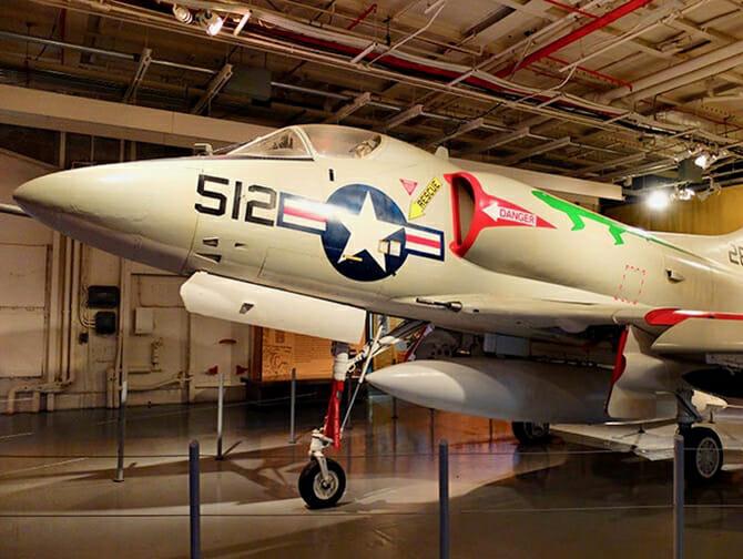 Intrepid Sea, Air and Space Museum en Nueva York - Avión