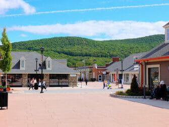 Woodbury Common Premium Outlet Center en Nueva York - Plaza