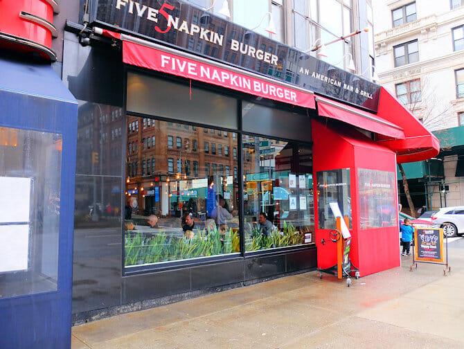 Hells Kitchen en NYC - Five Napkin Burger