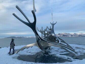 Escala en Islandia - Solfar