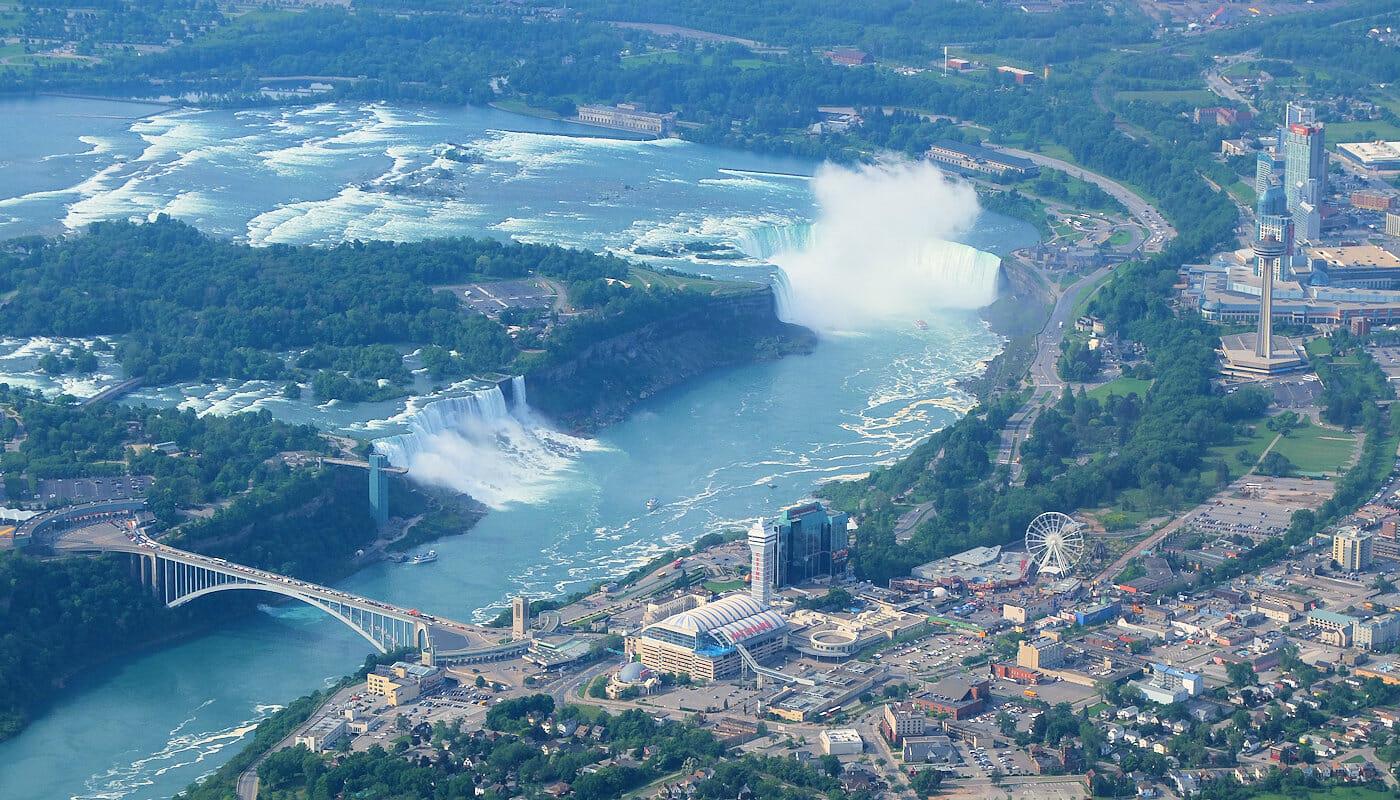Excursion a Niagara Falls en avion privado - Vistas desde el avion