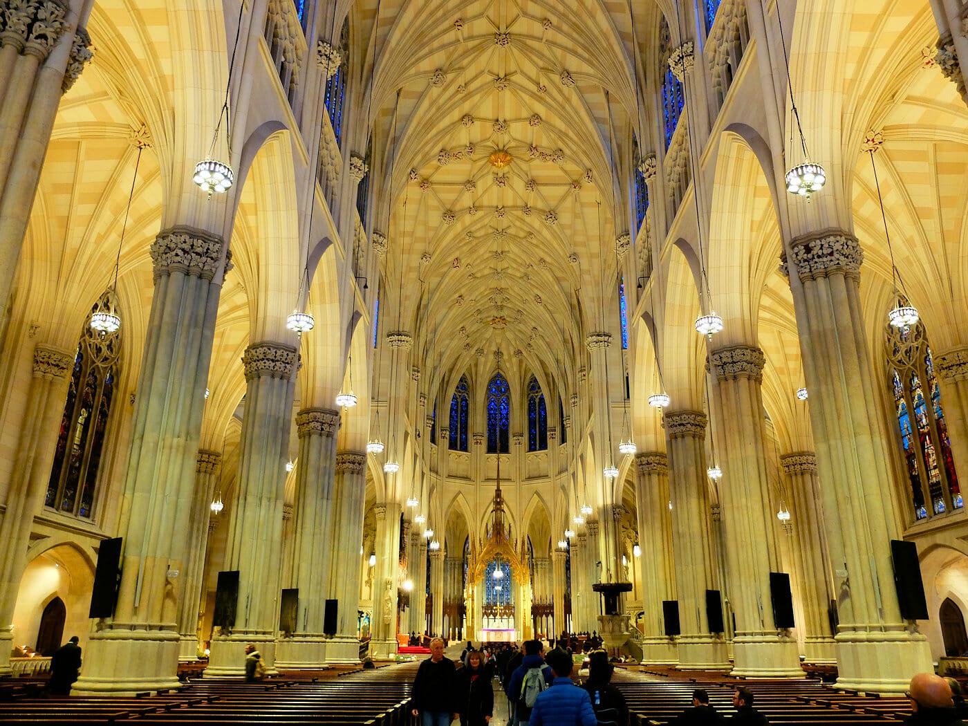 St. Patrick's Cathedral en Nueva York - Arquitectura impresionante