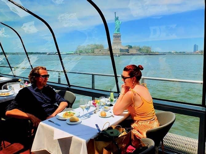 Bateaux crucero con almuerzo en Nueva York