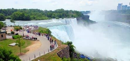 Niagara Falls en avión