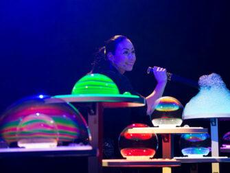 Tickets para Gazillion Bubble Show en Broadway - Impresionantes burbujas