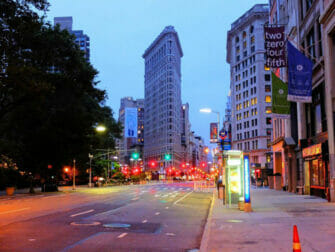 Flatiron Building en Nueva York - Por la noche