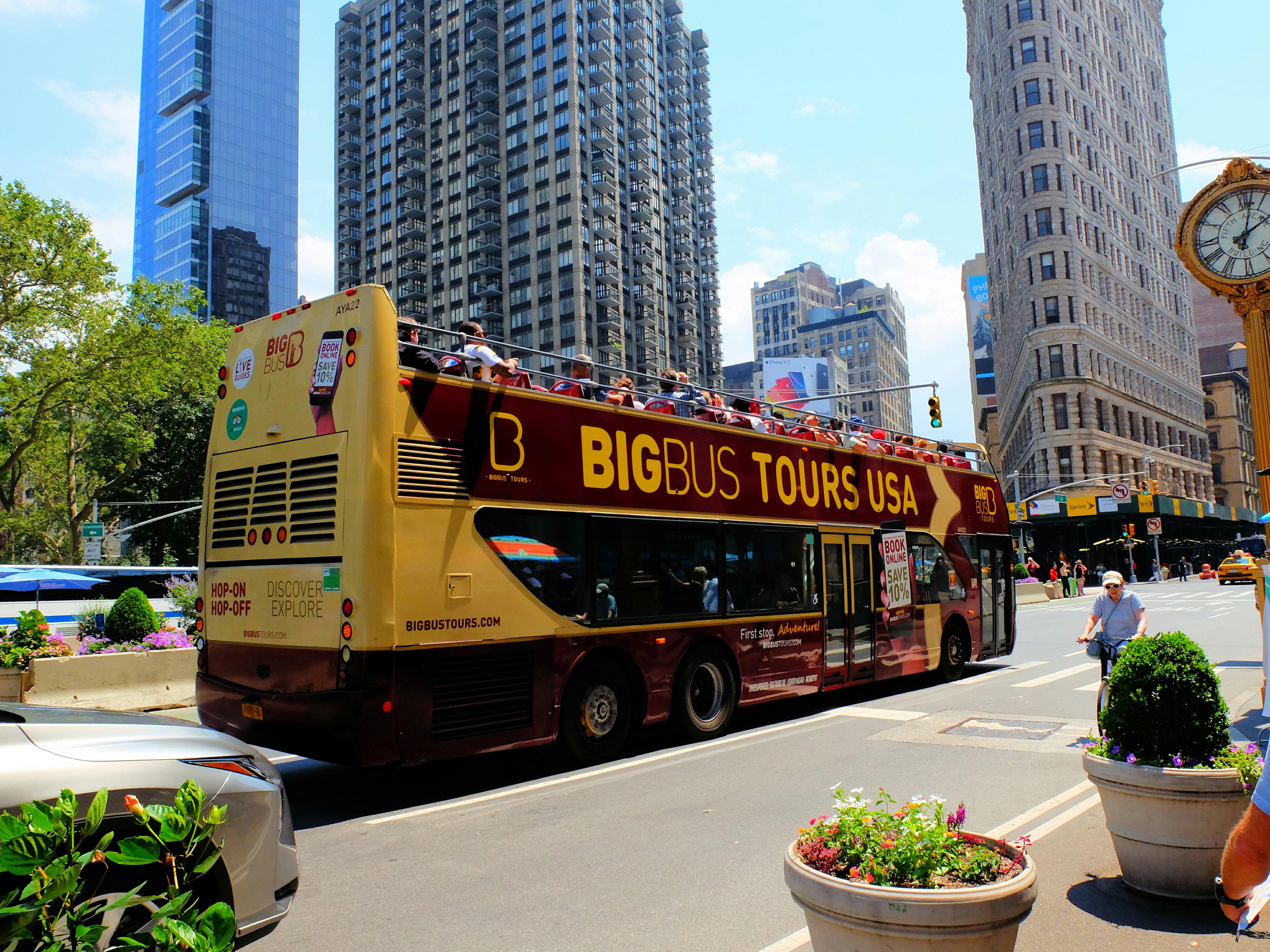 Big Bus Hop on Hop off Bus New York High Quality Wallpaper