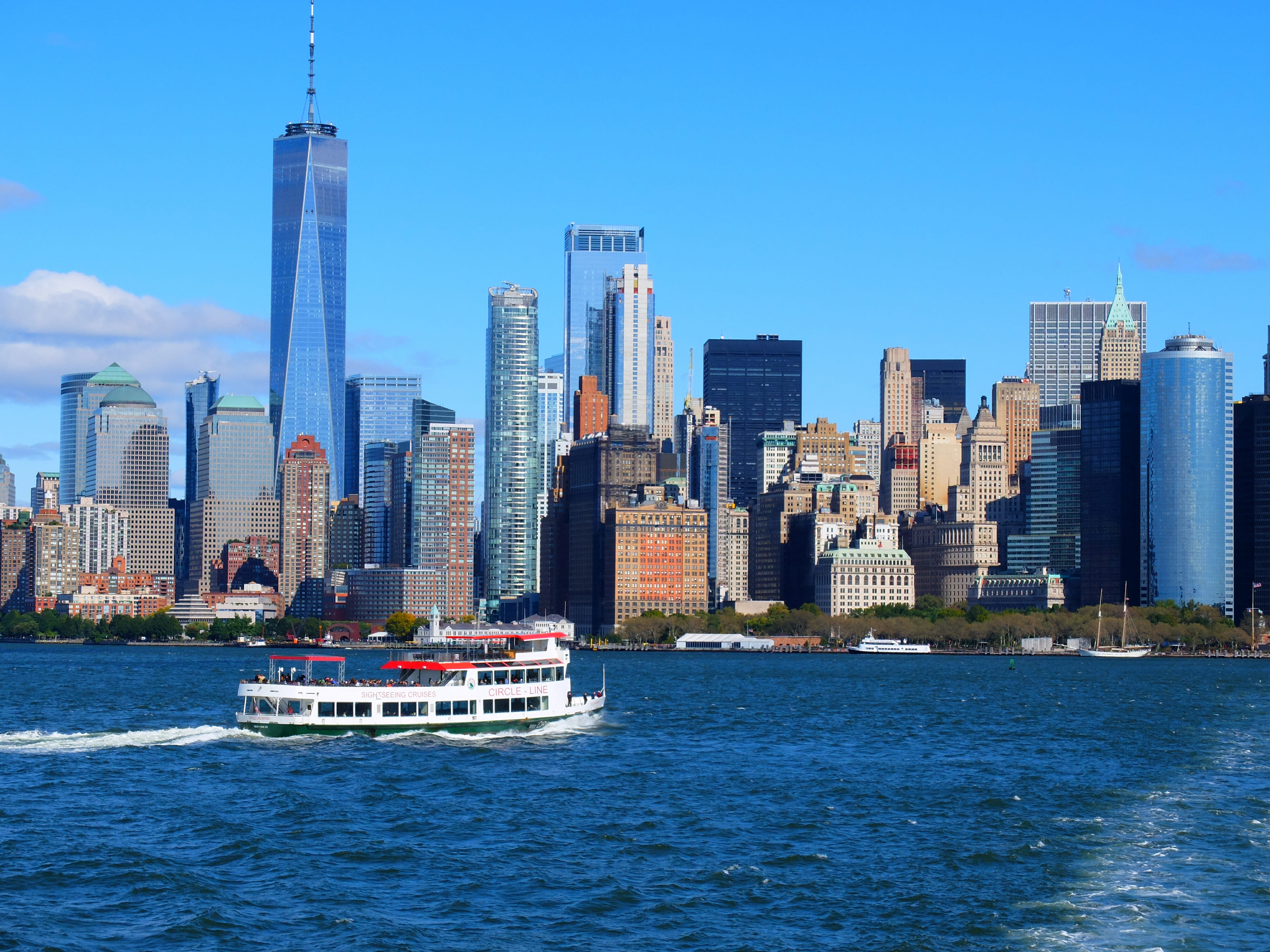 Circle Line Boat tours in NYC High Quality Wallpaper
