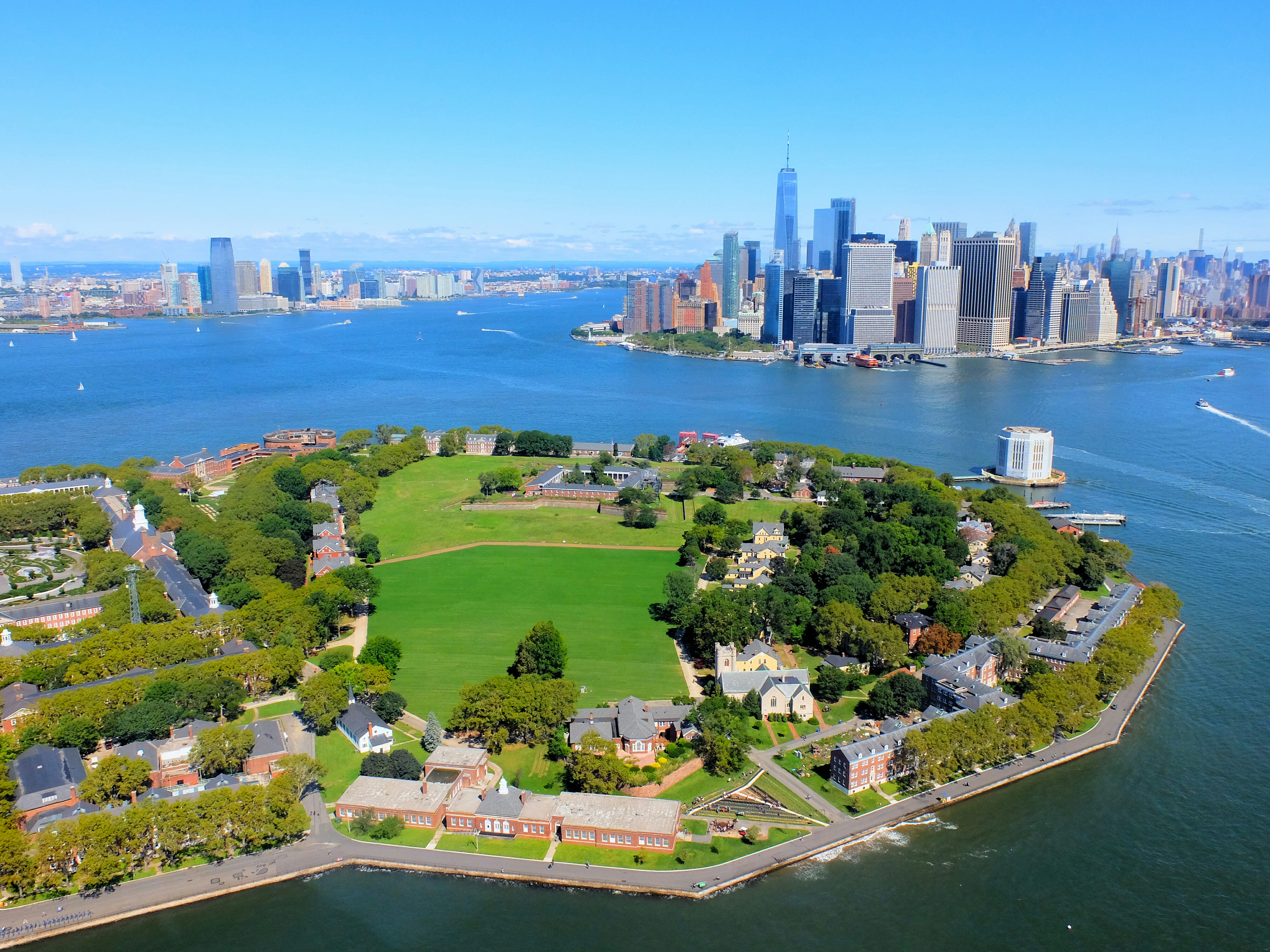 Helicopter Tour Govenors Island High Quality Wallpaper