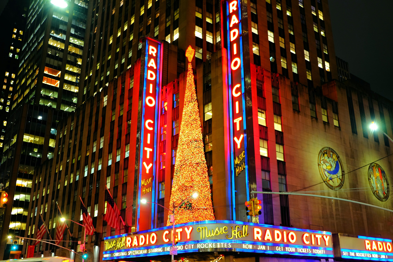 Radio City Music Hall in New York High Quality Wallpaper