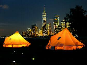 Governors Island en Nueva York - Tiendas por la noche