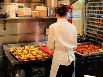 Los mejores donuts de Nueva York -Dominique Ansel Bakery Inside