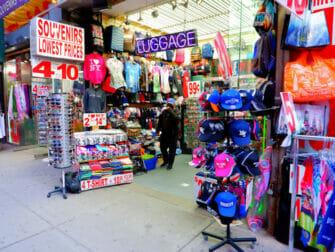 Nueva York está vacunando a turistas - Tienda en Times Square