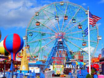Parque de atracciones Denos Wonder Wheel en Coney Island - Ferries Wheel