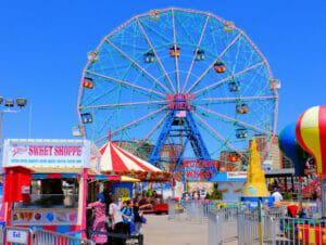Parque de atracciones Denos Wonder Wheel en Coney Island