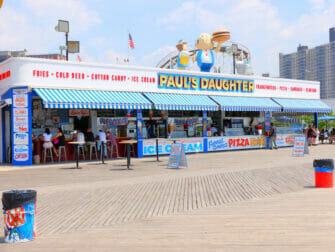 Parque de atracciones Denos Wonder Wheel en Coney Island - Snack Bar